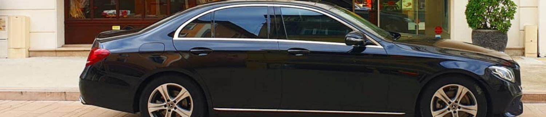 Hôtels <br><span style =color:#AB8949><em>Chauffeur privé partenaire</em></span>