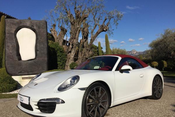 Porsche 911 - Réservation de voiture avec chauffeur <br> <span style =color:#AB8949><em>Spécial Mariage</em> </span>